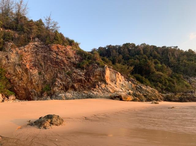 The sunrise is worth the 6.30 wake up... Sea Gypsy