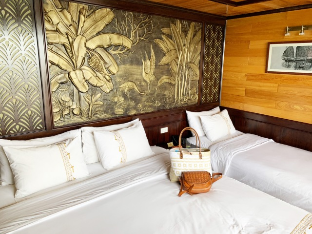 Cabins on Perla Dawn Sails, Lan Ha Bay