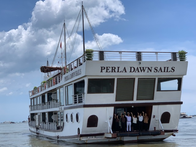 Perla Dawn Sails, Lan Ha Bay