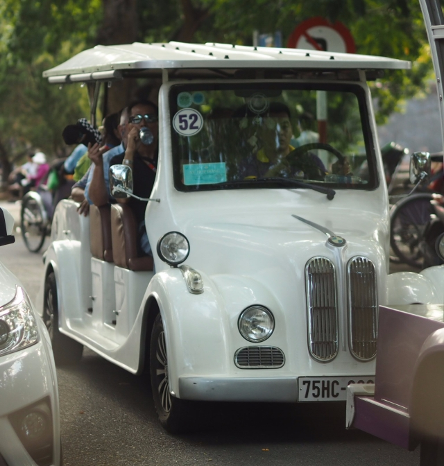 Electric buggies in Hue