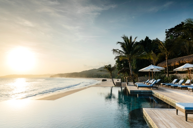 Nihi Nio Beach Club Pool, Nihi Sumba (Image courtesy of Nihi Sumba)