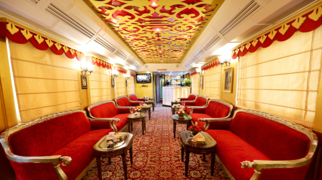 Image courtesy of Palace on Wheels