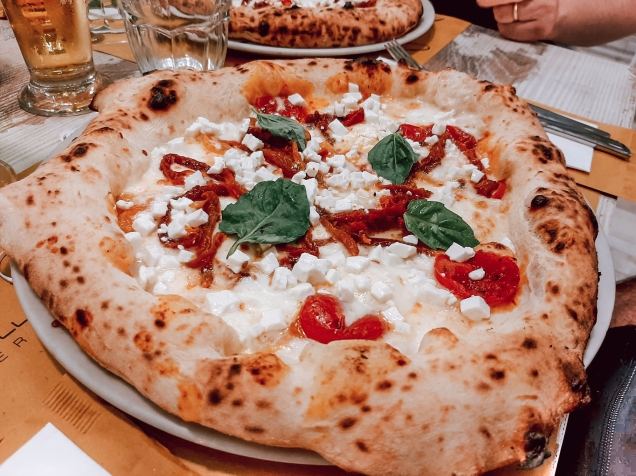 Pizza in Naples, Italy (Image courtesy of Matteo Gazzarata)